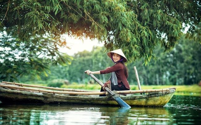 Đời người như dòng sông, thống khổ chỉ là cái duyên cớ để đổi dòng
